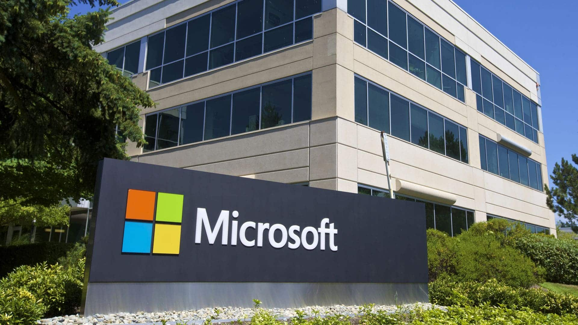 Who is winning the Cloud arms race? Microsoft's cloud growing at a faster rate than Amazon's